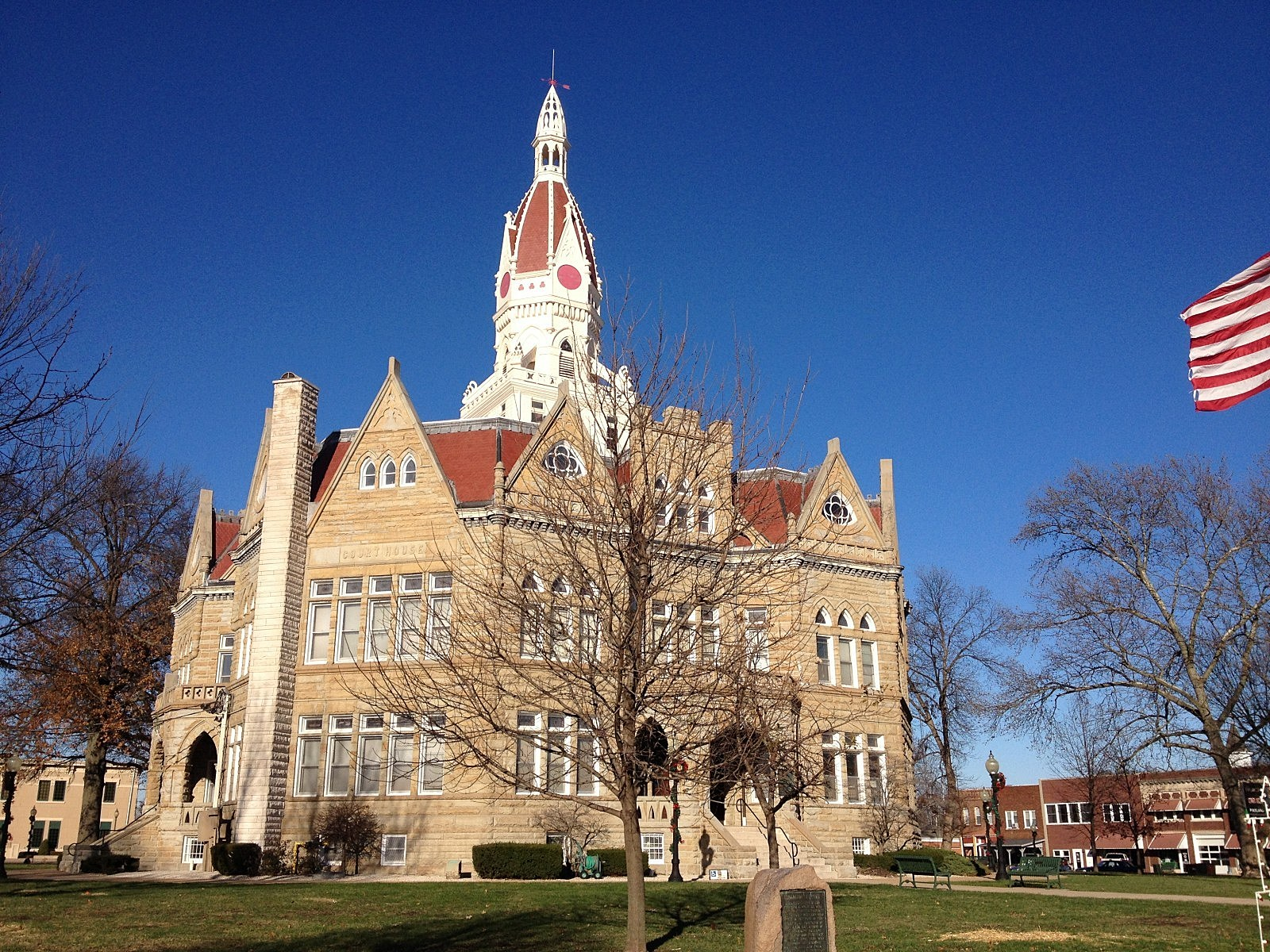 Pike County Courthouse - Pittsfield, Illinois